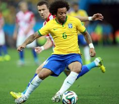 Brazil_and_Croatia_match_at_the_FIFA_World_Cup_2014-06-12_(53)